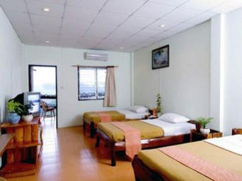 กระท่อมหิน นันทภัค NakhonRatchasima - โรงแรม